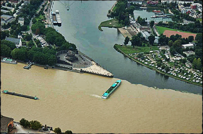 Nơi gặp gỡ của sông Mosel và sông Rhine, Đức.